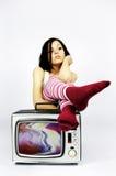 женщина tv Стоковые Фотографии RF