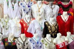 женщина yucatan Мексики вышивки платья майяская стоковая фотография rf