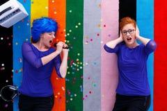 2 женщины во время партии Стоковое Фото