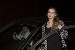 2 женщины в автомобиле Стоковое Фото
