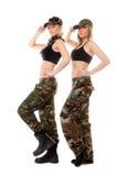 2 женщины в воинских одеждах, девушки армии Стоковые Изображения RF