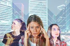 3 женщины в городе Стоковые Изображения RF