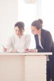 Женщины в офисе Стоковые Фото