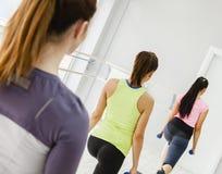 Женщины в спортзале Стоковое фото RF