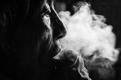 Женщины в темноте Стоковые Фото