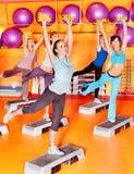 Женщины в типе aerobics. Стоковое фото RF