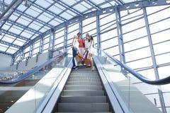 Женщины в торговом центре Стоковое Изображение