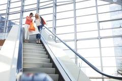 Женщины в торговом центре Стоковые Фотографии RF