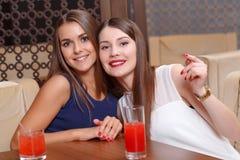 Женщины имеют потеху на партии Стоковые Фото