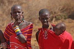 Женщины и ребенок Masai Стоковые Фотографии RF