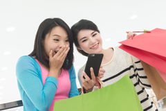 Женщины идут ходить по магазинам Стоковая Фотография