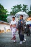 женщины кимоно платья молодые стоковое фото