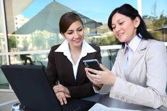 женщины команды офиса дела здания Стоковое Фото