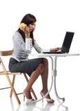 женщины компьютера сидя утомленные Стоковое Фото