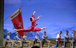 женщины красного цвета отрыва балета китайские стоковое фото