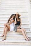 Женщины на лестницах Стоковое Изображение