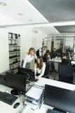 Женщины на офисе Стоковые Фотографии RF