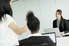 Женщины на офисе Стоковое фото RF