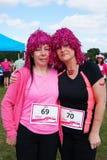 2 женщины на событии гонки на всю жизнь Стоковая Фотография RF