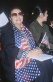 2 женщины на церемонии подданства, Лос-Анджелес, Калифорния Стоковые Фото