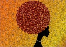 Женщины портрета африканские, сторона темной кожи женская с серьгами волос афро и этническими традиционными дальше, прическа иллюстрация вектора
