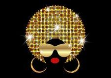 Женщины портрета африканские, сторона темной кожи женская с сияющим афро волос и золото metal солнечные очки в традиционном этнич иллюстрация вектора