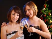 Женщины празднуя рождество Стоковое Изображение RF