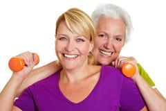 женщины разбивочной пригодности счастливые Стоковые Фотографии RF