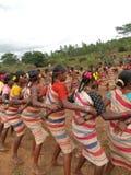 женщины села соединения хлебоуборки gdaba танцульки рукояток Стоковое Изображение RF