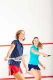 женщины сквош спорта ракетки гимнастики конкуренции Стоковая Фотография RF