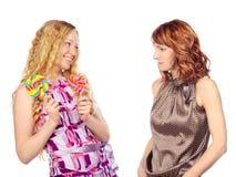 2 женщины с леденцом на палочке Стоковое фото RF