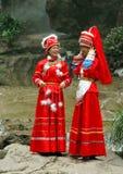 женщины miao guilin одежды фарфора стоковое изображение rf