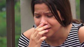 Жертвы злоупотреблением или предназначенный для подростков плакать девушек Стоковые Фотографии RF