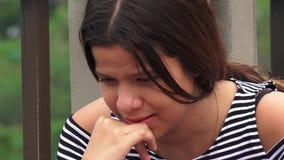 Жертвы злоупотреблением или предназначенный для подростков плакать девушек Стоковое Изображение