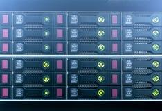 Жесткие диски SATA сервера стоковая фотография rf