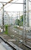 Железная дорога и городской пейзаж в токио Shinjuku Японии Стоковая Фотография