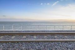 Железная дорога или железная дорога с восходом солнца Стоковая Фотография