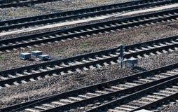 Железная дорога или железнодорожные пути для транспорта поезда Стоковое Изображение RF