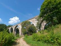 Железнодорожные мост-водоводы - Stanczyki стоковая фотография
