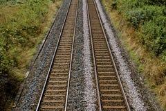 Железнодорожные пути в английской сельской местности Стоковые Фотографии RF