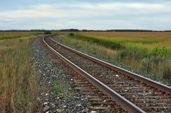 Железнодорожные пути на прерии Стоковые Изображения RF