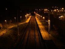 Железнодорожный вокзал на ноче Стоковое Фото