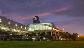 Железнодорожный вокзал связи авиапорта Стоковое Фото