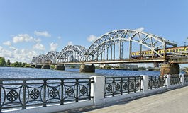 Железнодорожный мост. стоковое изображение rf