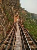 Железнодорожный тайский поезд символический на туристической достопримечательности Таиланда Стоковая Фотография RF