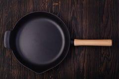 Железные сковороды стоковое фото