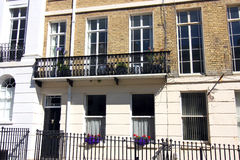 Железный балкон на грузинском доме террасы, Брайтоне, Сассекс, Англии Стоковые Изображения