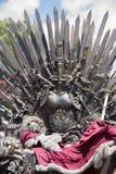 Железный трон сделанный с шпагами, сценой фантазии или этапом воссоздание Стоковое Фото