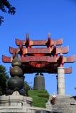 Желтая башня крана в городе Ухань Стоковые Фотографии RF