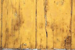 Желтая деревянная предпосылка Стоковое фото RF
